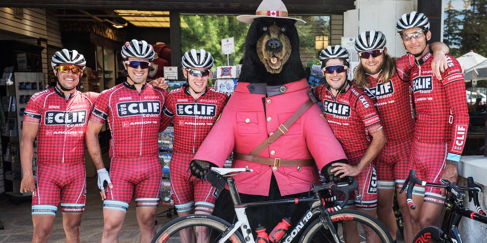 d217ed38d Go Time in Gastown  USOC   Team CLIF Bar - Peloton Magazine