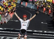 Mollema Wins As Froome Survives A Difficult Day In The Massif Central