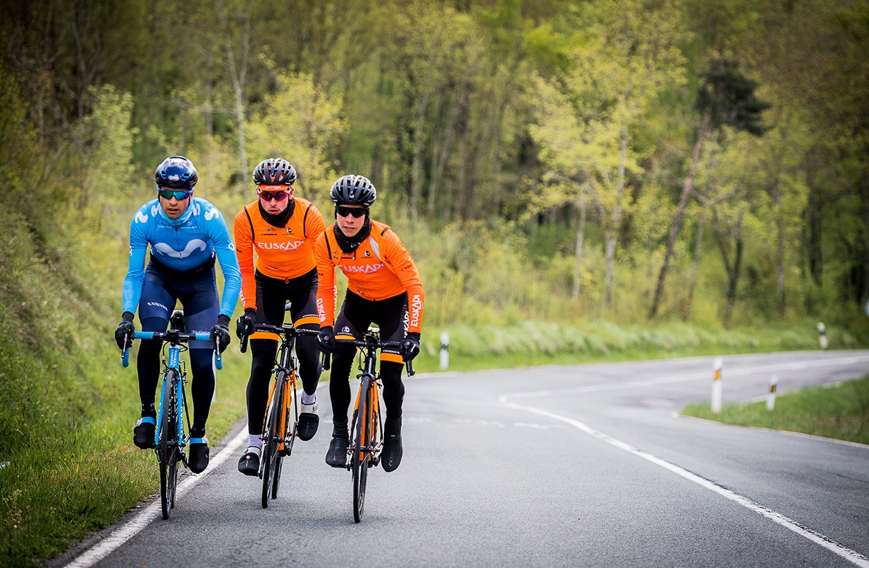 dcd37f86d Mikel Landa shouts out as he passes by with friends as they approach the  Puerto de Orduña