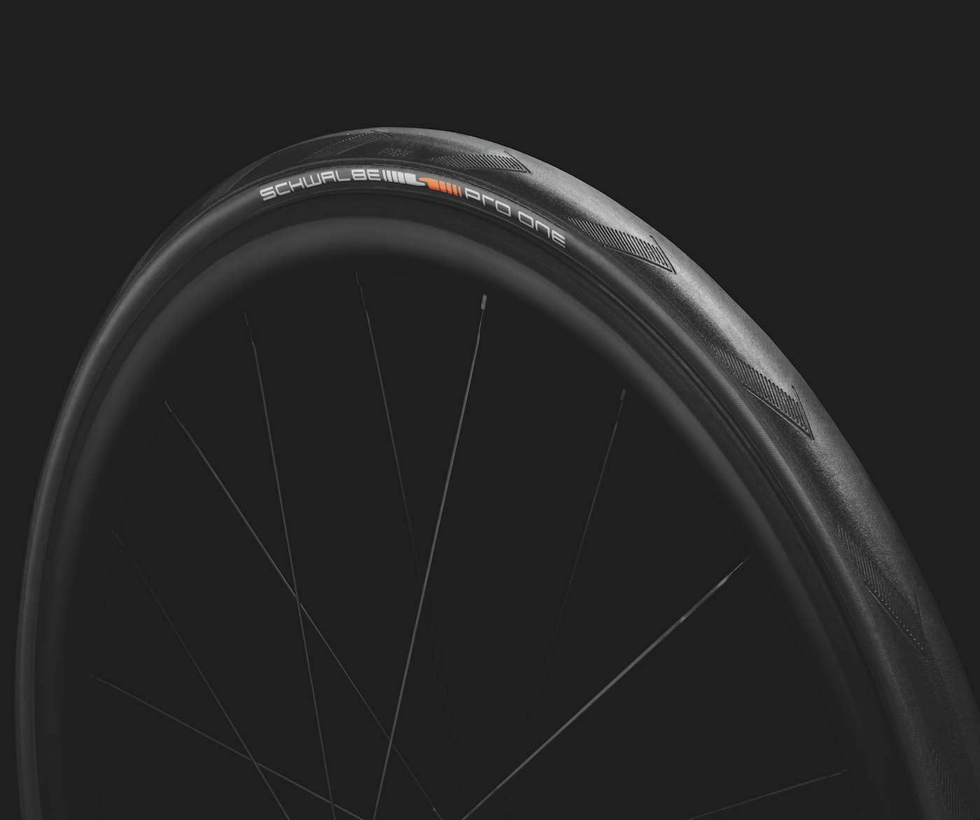 Tubeless Gets Simple: The Schwalbe Pro One Tubeless Easy
